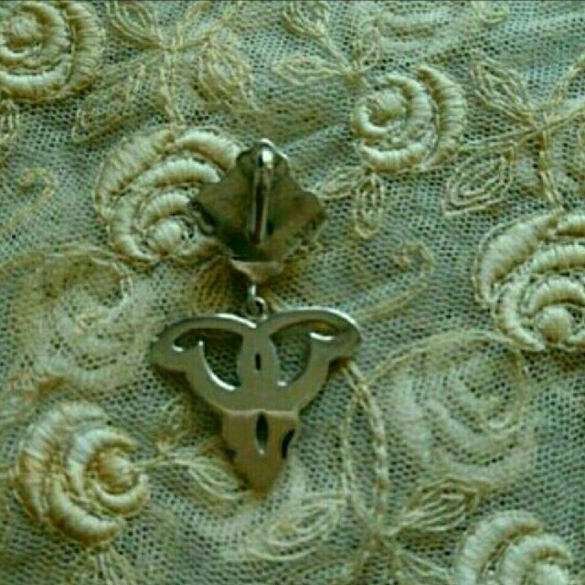 Baccarat(バカラ)のラリック ペンダントトップ ③ レディースのアクセサリー(ネックレス)の商品写真