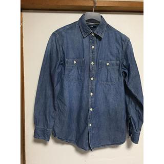 ユニクロ(UNIQLO)のメンズシャツ(シャツ)
