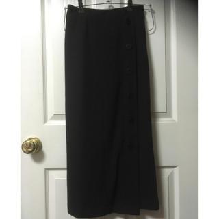 シマムラ(しまむら)の新品しまむらワッフルボタンロングタイトスカートM黒(ロングスカート)