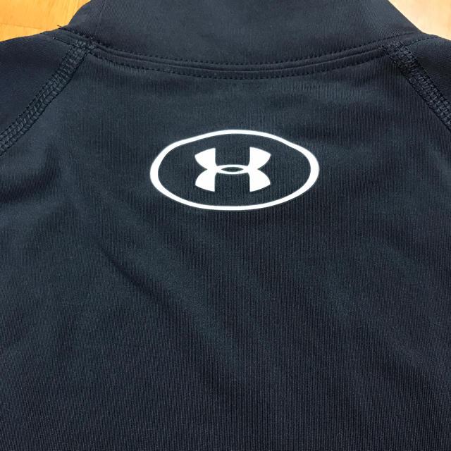 UNDER ARMOUR(アンダーアーマー)のアンダーアーマー アンダーシャツ ブラック YXL スポーツ/アウトドアの野球(ウェア)の商品写真