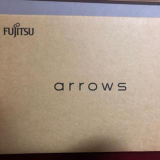 フジツウ(富士通)のarrows M04 (スマートフォン本体)