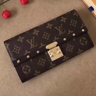 LOUIS VUITTON - 財布が長い