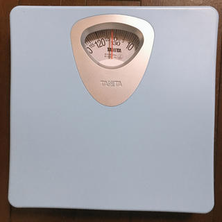 タニタ(TANITA)のアナログ 体重計 電池いらず 【タニタ】 水色(体重計)