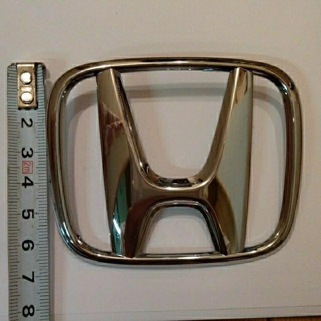 ホンダ(ホンダ)のホンダ シルバーメッキエンブレム 自動車/バイクの自動車(車外アクセサリ)の商品写真