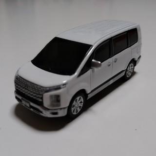 三菱デリカD5 プルパックカー ミニカー(ミニカー)