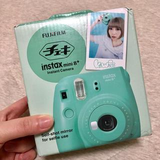 フジフイルム(富士フイルム)のチェキ instax mini8+(フィルムカメラ)