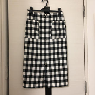 ノーブル(Noble)のノーブル ダブルクロスフープジップタイトスカート(ひざ丈スカート)