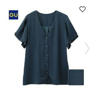 ジーユー(GU)の【新品】gu ジーユー ラッフルスリーブブラウス ネイビー M(シャツ/ブラウス(半袖/袖なし))