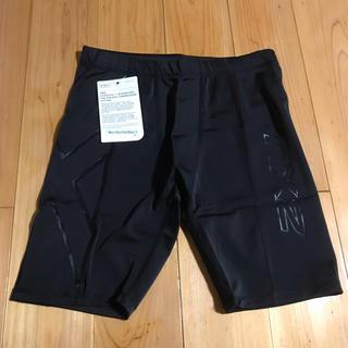 ツータイムズユー(2XU)の2XU   メンズ ショートパンツ Sサイズ black(ショートパンツ)