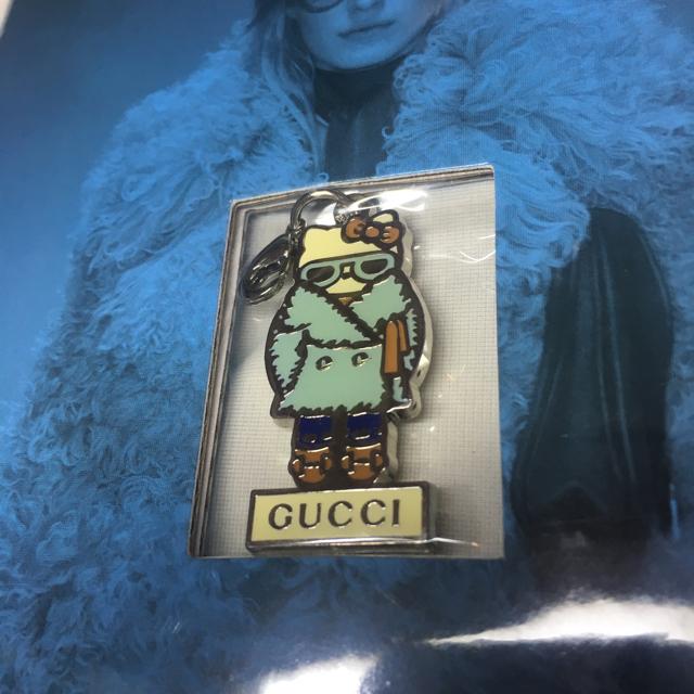 Gucci(グッチ)のGUCCI キティ チャーム キーホルダー エンタメ/ホビーのおもちゃ/ぬいぐるみ(キャラクターグッズ)の商品写真