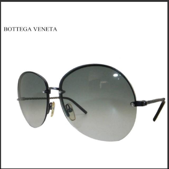 Bottega Veneta(ボッテガヴェネタ)の未使用☆ボッテガヴェネタ☆BOTTEGA VENETA☆ユニセックスなサングラス レディースのファッション小物(財布)の商品写真