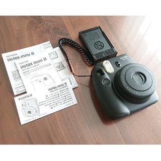フジフイルム(富士フイルム)のチェキ 本体 instax mini 8 ブラック(フィルムカメラ)