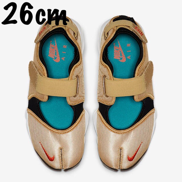 NIKE(ナイキ)のNIKE エアリフト ゴールド 26cm 希少サイズ レディースの靴/シューズ(サンダル)の商品写真