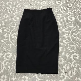 エイチアンドエム(H&M)のH&M黒スカート(ひざ丈スカート)