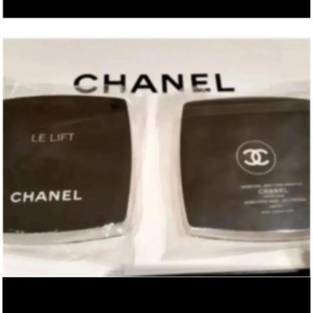 CHANEL(シャネル)のシャネル⭐️フェイスタオルハンカチ⭐️新品 レディースのファッション小物(ハンカチ)の商品写真