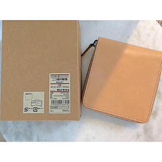 2b88cb86ae10 MUJI (無印良品) - 【新品】MUJI イタリア産ヌメ革パスケース付二つ折り ...