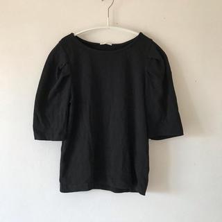 ジーユー(GU)のGU パワーショルダーT ブラック(カットソー(半袖/袖なし))