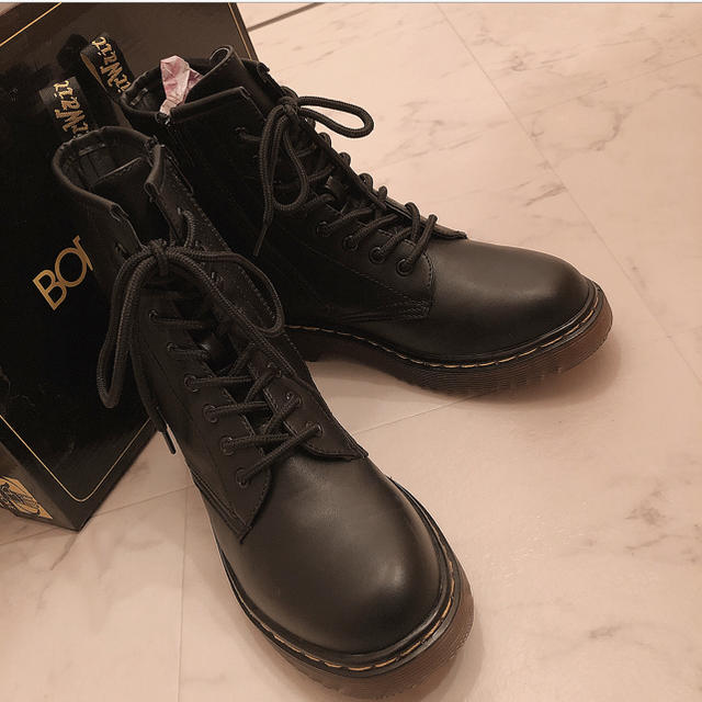 Dr.Martens(ドクターマーチン)のDr.Martens風ショートブーツ レディースの靴/シューズ(ブーツ)の商品写真
