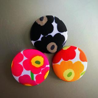 マリメッコ(marimekko)のマリメッコ くるみボタン マグネット  3個セット(トートバッグ)