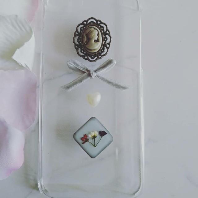 iPhoneケース ハンドメイド カメオとアリッサムの押し花の通販 by RSI's shop|ラクマ