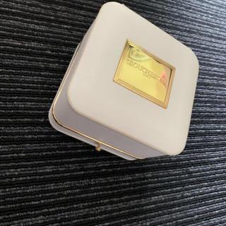 ブシュロン(BOUCHERON)のブシュロン 正規品美品 新宿伊勢丹指輪箱ケース(リング(指輪))