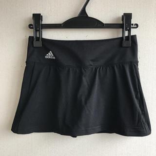 アディダス(adidas)のアディダス インナー付きスコート 黒M 定価4309円 ストレッチ(ウェア)
