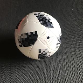 アディダス(adidas)のサッカーボール1号(ボール)