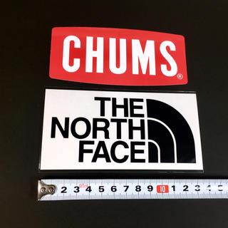ザノースフェイス(THE NORTH FACE)のノースフェイス × チャムス ステッカー 2点 :レッド ブラック(その他)
