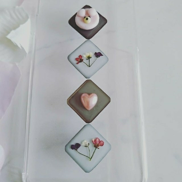 iPhoneケース ピンクのクマちゃんとアリッサムの押し花の通販 by RSI's shop|ラクマ