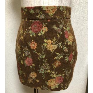ヴィヴィアンウエストウッド(Vivienne Westwood)のVivienneWestwood ローズゴブランスカート(ミニスカート)