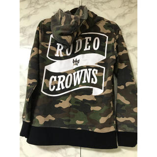 RODEO CROWNS - RODEO CROWNS デカロゴ パーカー迷彩 人気商品 文字割れなし