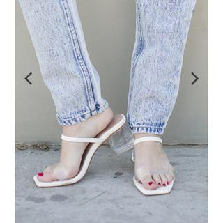 アリシアスタン(ALEXIA STAM)のClear Heel Sandals White(サンダル)