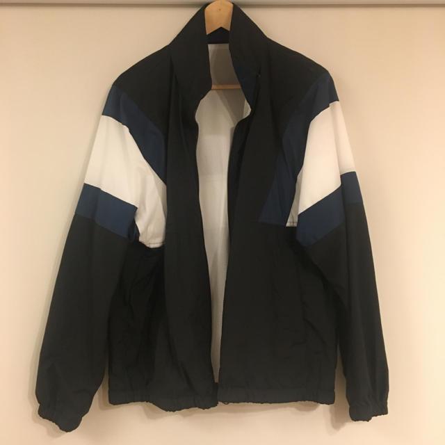 GU(ジーユー)のGU ジーユー トラックジャケット メンズのジャケット/アウター(ナイロンジャケット)の商品写真