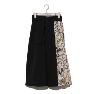 切り替えスカーフプリーツスカート(ひざ丈スカート)