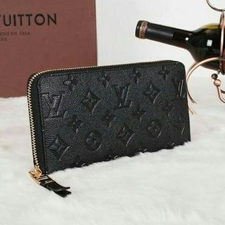 ルイヴィトン(LOUIS VUITTON)の超美品 Louis Vuitton ルイヴィトン レディース 長財布  型押し(財布)