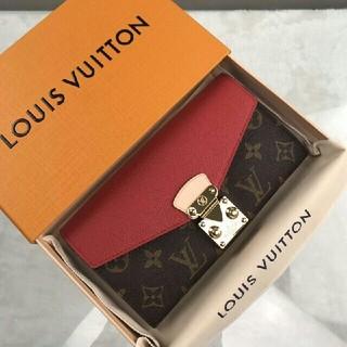 ルイヴィトン(LOUIS VUITTON)の極美品!LV モノグラム ポルトフォイユ·パラス レディース長財布  (財布)