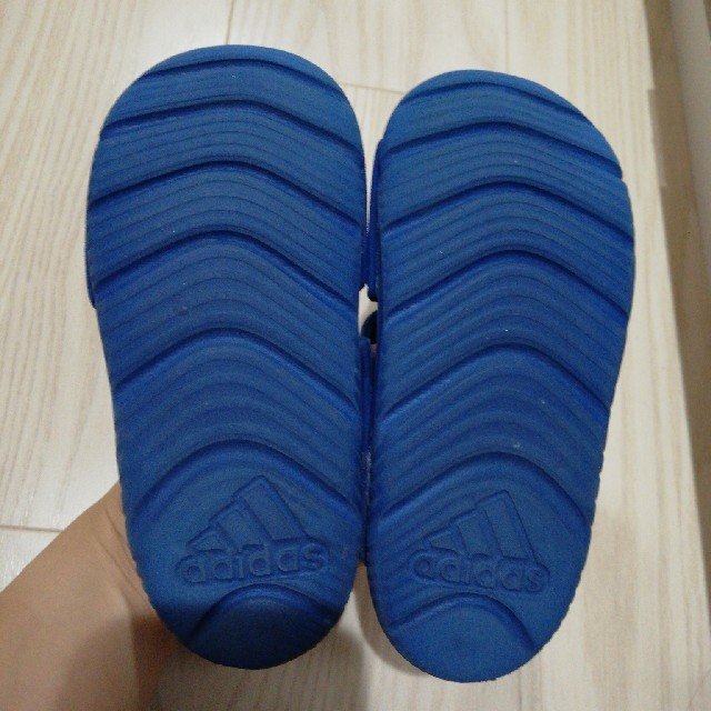 adidas(アディダス)のアディダス★サンダル キッズ/ベビー/マタニティのベビー靴/シューズ(~14cm)(サンダル)の商品写真