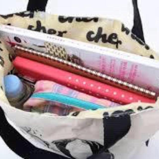 Cher(シェル)のcher  スヌーピーコラボバッグ レディースのバッグ(トートバッグ)の商品写真