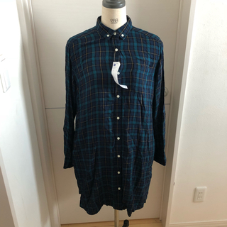 ジーユー(GU)のジーユー☆新品タグ付き チェックシャツ ワンピース(シャツ/ブラウス(長袖/七分))