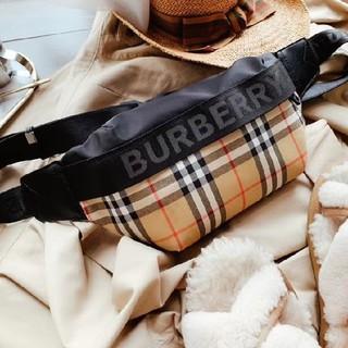 バーバリー(BURBERRY)のBURBERRY   ウエストポーチ   超人気国内発送(ハンドバッグ)