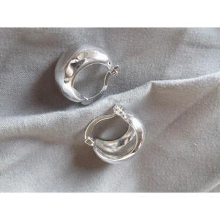トゥデイフル(TODAYFUL)の《last》j108.silver plump mini hoop pierce(ピアス)