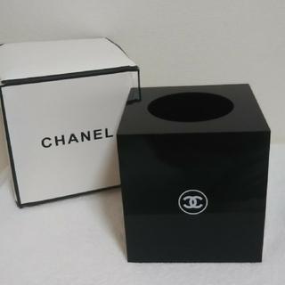 シャネル(CHANEL)のCHANELトイレットペーパーボックス、フラワースタンド、小物入れ(非売品)(小物入れ)