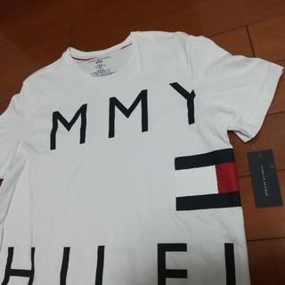 TOMMY HILFIGER - 新品 TOMMY HILFIGER ビッグロゴ Tシャツ M