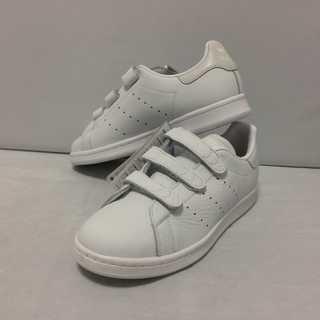 アディダス(adidas)のadidas スタンスミス 新品 22.5cm(スニーカー)