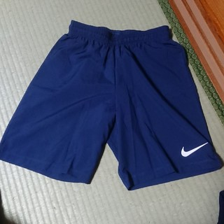 NIKE - 【美品】NIKE サッカーパンツ  160~S