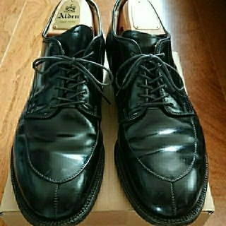 オールデン(Alden)のAlden オールデン コードバン Vチップ 54331 黒 US8.0 D(ドレス/ビジネス)
