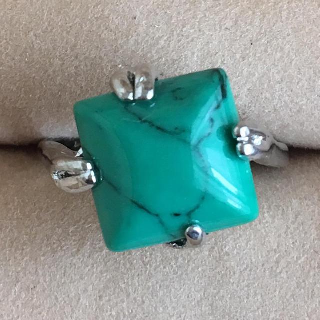 (105)グリーンターコイズ スクエアストーンのリング シルバー ヴィンテージ レディースのアクセサリー(リング(指輪))の商品写真