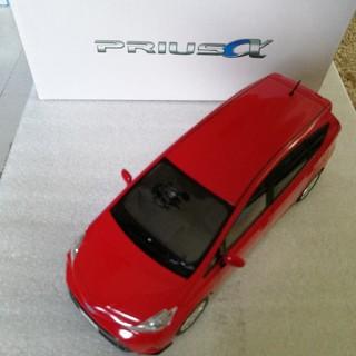 トヨタ(トヨタ)のプリウスアルファ 新品(ミニカー)