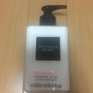victoria's secret  bombshell 新品 ボディークリーム