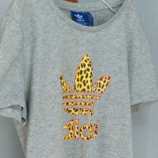 アディダス(adidas)のadidas originals ヒョウ柄 Tシャツ(Tシャツ(半袖/袖なし))